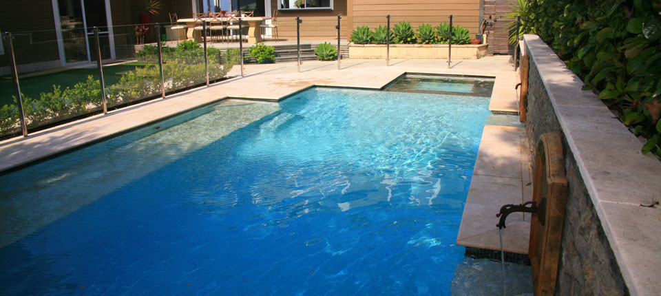 Collaroy plateau pool design modern garden pool design for Pool design sydney
