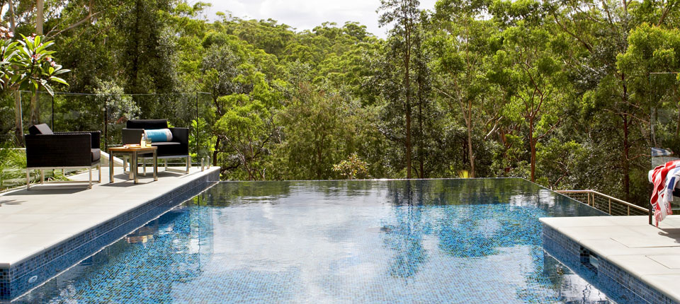 Swimming Pool Project Management : Infinity edge pool design designers upper north